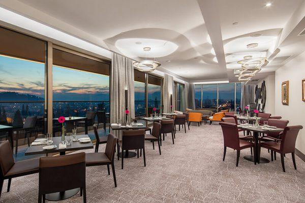 HHP_executive lounge