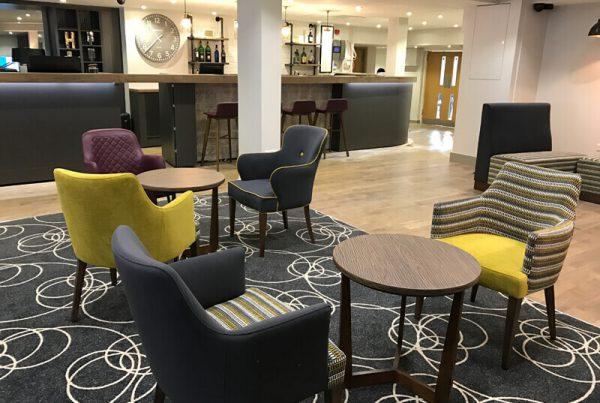 White House Hotel Watford Lounge