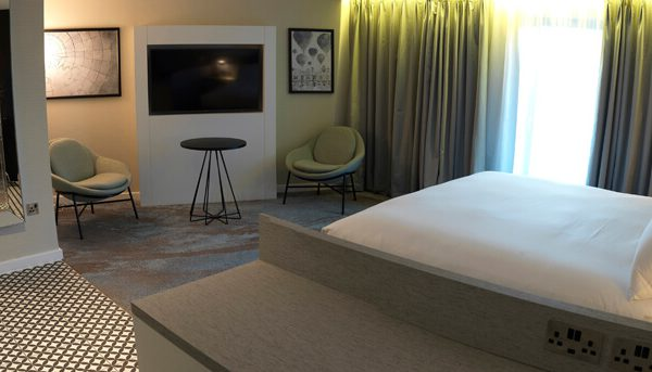 DoubleTree Chester Guestroom